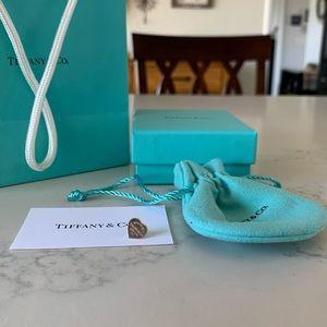 Tiffany & Co. Earring (1)